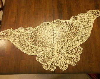 EXTRAORDINARY Gros Point De Venise Needle Lace SHAWL..Handmade...Raised Detail  Needle Lace...Lace Collector...Perfect