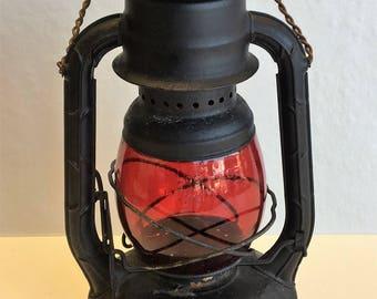 """Dietz """"Little Wizard"""" Lantern"""
