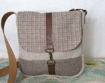 South Carolina- Crossbody messenger bag // Crossover purse // Vintage wool // Travel bag // Plaid // Tan// Adjustable strap//  Ready to ship