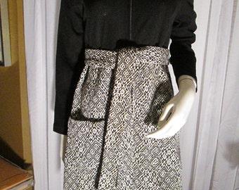 Vintage Ladies Black/White Long Sleeve Belted Pocket Front DRESS  No Label