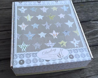 Moda - Darling Little Dickens by Lydia Nelson of Dreamy Quilts - Quilt Kit