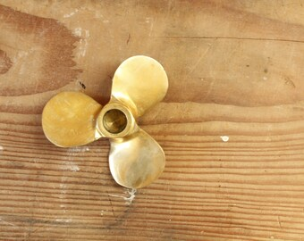 Vintage Solid Brass Propeller Candleholder Paperweight Desk Office Nautical Coastal Boating