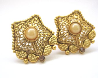 Star Shaped Antique Gold And Pearl Filigree Earrings