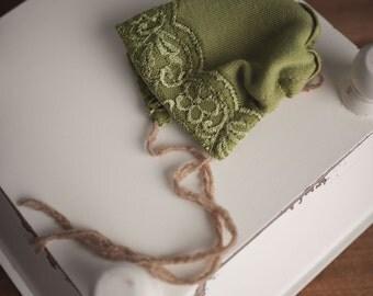 Girls Green lace Newborn Bonnet Hat Size Newborn Photography Prop OOAK