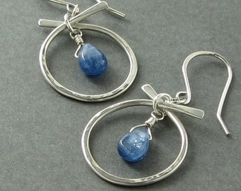 Blue Kyanite Hammered Silver Earrings, Matte Finish Sterling Silver Earrings, Blue Kyanite Earrings, Natural Teardrop Stone Earrings, E871
