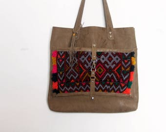 Soft gray leather market bag with genuine kilim outer pocket, pleated leather shopper, not lined, silver rivets, everyday bag. Ready to ship