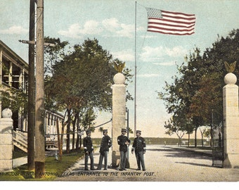 Vintage Postcard....Texas, Ft. Sam Houston, Entrance to the Infantry Post..Unused...no. 3601