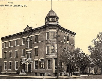 Vintage Postcard..Illinois, Rochelle…The Rochellle House ...Used...no. IL0013