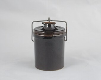 Vintage Brown Stoneware Cheese Crock with Wire Bail Lid