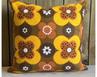 Cushion Cover Vintage 1970s Retro Fabric Psychedelic Retro Throw Pillow Cover