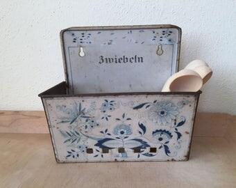 Vintage Onion Holder, Zwiebelmuster Blue Onion. Shabby Chic Kitchen decor