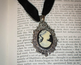 Jane Austen/ Georgian Regency Style Cameo Necklace: Black and White