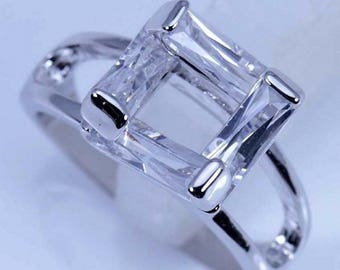 Absolutely Stunning Princess Square CZ Silver Ring Size 6