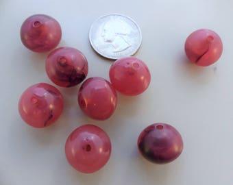 Vintage raspberry marble bicone plastic bead - 20 pcs. 14 x 16 mm.