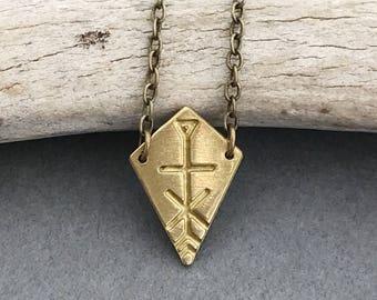 Izabella minimalist brass boho geometric arrow necklace