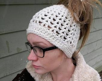 Crochet messy bun ponytail hat white winter hat