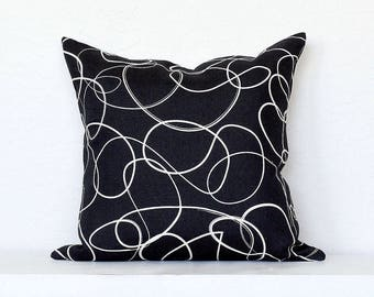 Squiggle Line Linen Pillow Cover -Black Combo