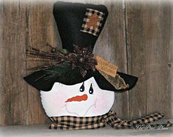 Primitive Snowman Head Table Sitter ~ Winter Table Decor ~ Snowman Decor  ~ Table Decor ~ Rustic Snowman Decor ~ Mantle Decor ~ Winter Decor