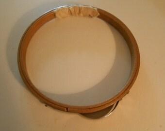 vintage wood Princess embroidery hoop, clamp closure