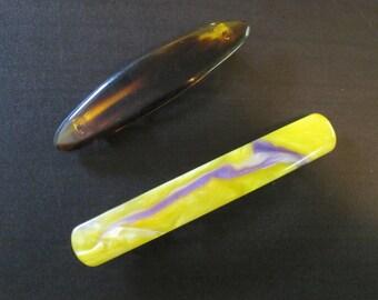 2 Plastic Barrettes