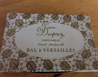 Sample vial of Bal a Versailles.