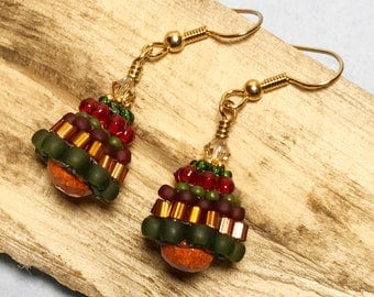 Holiday Earrings Beadwork Earrings Seed Bead Earrings Green Red Earrings Christmas Earrings Xmas Tree Earrings Beadwoven Earrings