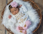 Newborn Girl Personalized Outfit Hello World Pink Gold Glitter Hearts Headband Leg Warmers Baby Girl Coming Home Outfit Gift Take Home Set