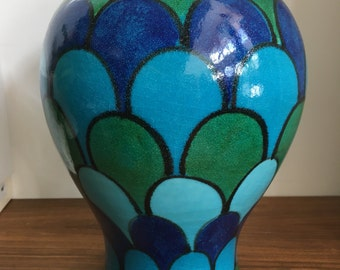 Raymor Rosenthal imported vase from Italy in blue and green scale pattern