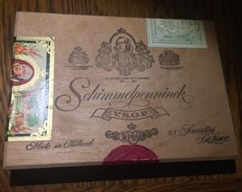 "Vintage Schimmelpenninck ""Senoritas De Luxe"" Wooden Cigar Box"