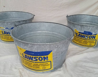 Vintage galvanized bucket , galvanized garden bucket , galvanized pail , industrial storage bucket , industrial home decor