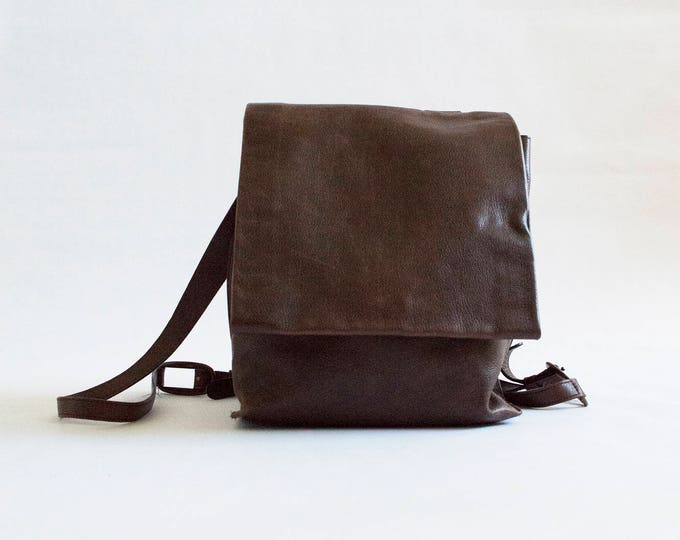 90s Minimal Backpack