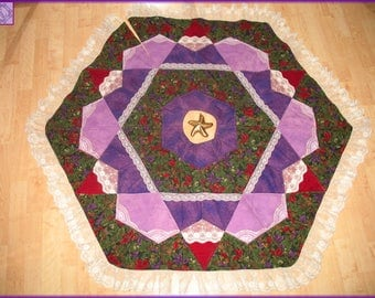 Quilted Christmas Tree Skirt Quilt Winter Flowers 26