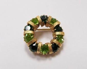 On Sale Vintage Green Rhinestone Circle Pin Item K # 2893