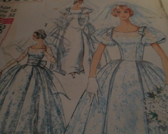 SALE Vintage 1960's Simplicity 3469 Wedding Dress Sewing Pattern, Size 12 Bust 32