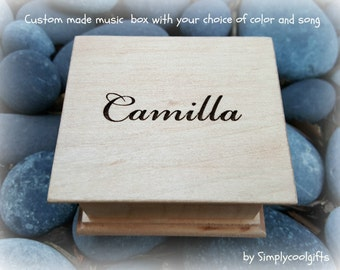 music box, wooden music box, custom music box, personalized music box, name engraved, christmas gift, holiday, simplycoolgifts
