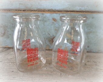 maylo's dairy half pint milk bottles / set of 2 / circa 1955 / red pyro / methuen, mass