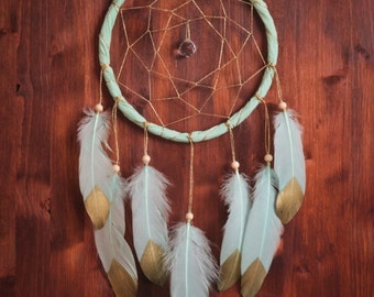 Dream Catcher - Green Sparkle - With Sparkling Golden Web, Green Frame and Light Green Feathers - Boho Home Decor, Nursery Mobile