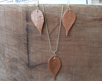 Ceramic Leaf Necklace and Earring Set