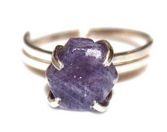 Rustic Sapphire Ring Modern Ring Raw Sapphire Purple Ring Purple Sapphire Ring Adjustable Ring Sapphire Jewelry Delicate Modern Ring