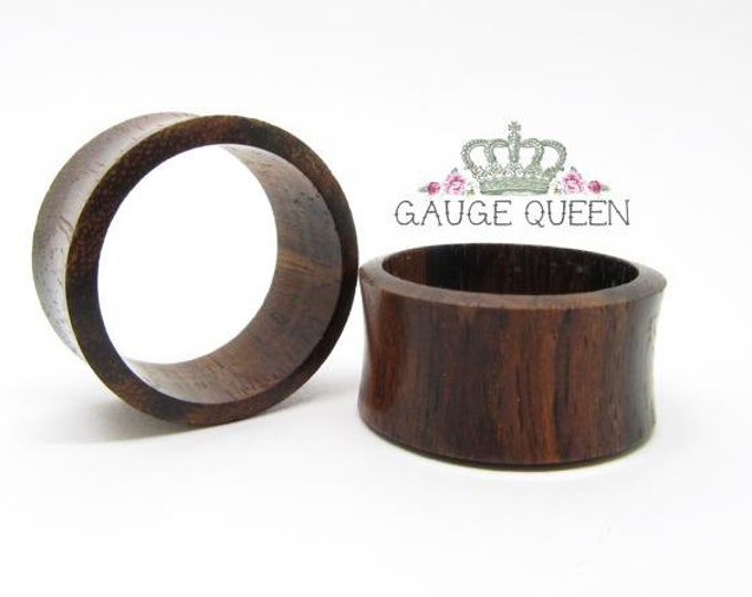 "Sono Wood Tunnels. 7/16"" / 11mm, 9/16"" / 14mm, 5/8"" / 16mm, 3/4"" / 19mm, 7/8"" / 22mm, 1"" / 25mm"