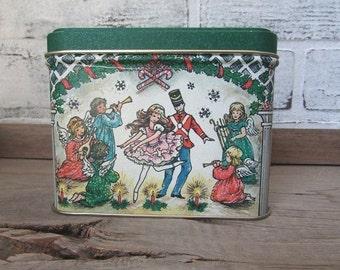 Christmas Tin Vintage Potpourri Press Cookie or Candy Gift Tin