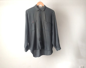 VINTAGE slate grey SLOUCHY oversize faded black button down oxford WOMEN'S shirt top twin peaks mid 90s shirt top