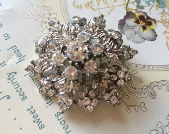 Sparkle flower wedding bridal rhinestone crystals brooch pin, bridal brooch, wedding pin, rhinestones brooch, crystals brooch, bridesmaids