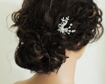 SALE - Small crystal rhinestone wedding hair pin, flower bridal hair accessory, wedding hair accessory
