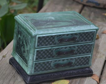 eb1904 Vintage Hard Plastic Oriental Style 3 Drawer Jewelry Chest Marbled Green with Black Dragon Drawer Pulls