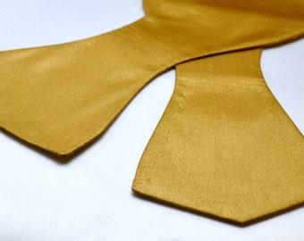 Men's Solid Gold Self Tie Bow Tie
