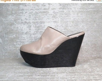 20%OFF Vtg Leather Taupe Robert Clergerie Platform Wedge Clogs 9