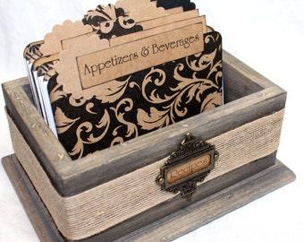 RECIPE BOX, Rustic Recipe Box, Black Fourish Dividers, Burlap, Rustic Wooden Box, Recipe Cards, Barnwood  Box, Rustic Kitchen, Bridal Shower