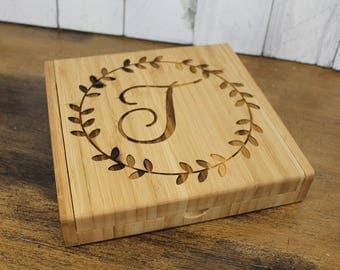Personalized Cheese Board Set/Engraved/Wreath/Wedding Gift/Shower Gift/Monogram/Housewarming/Mother's Day, Cheese Knife/Wine Lover/Fern