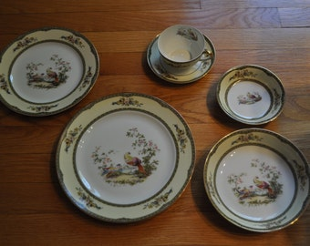 "Noritake Windsor ""Pleasant"" Dinnerware Set"